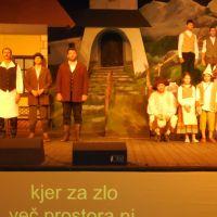 DI Hrastnik: Obisk letnega gledališča Studenec